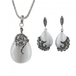 Set bijuterii Cat Eyes - argint antichizat si opal