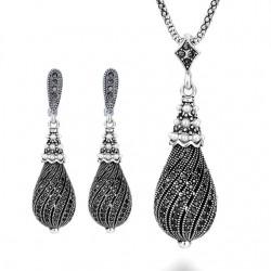 Set bijuterii Teardrop - argint antichizat si cristale cubic zirconia